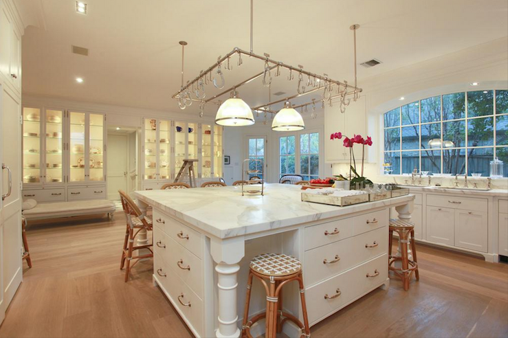 Oversized Kitchen Island - Transitional - kitchen - Cote de Texas