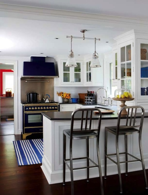 Majestic dual fuel blue range and hood cottage kitchen for Blue and white kitchen cabinets