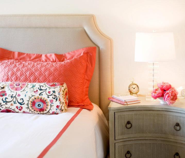 Coral And Gray Bedroom: Coral Pink Ceramic Table Lamp Design Ideas