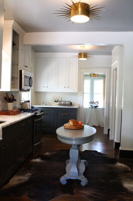 White Upper Cabinets Dark Lower Cabinets - Contemporary ...
