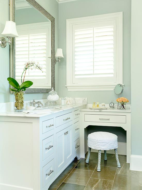Built In Makeup Vanity Traditional Bathroom Bhg