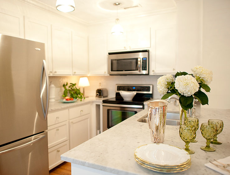 White Kitchen Stainless Appliances stainless steel appliances design ideas