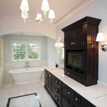 TV in Center Tower, Transitional, bathroom, Oakley Home Builders