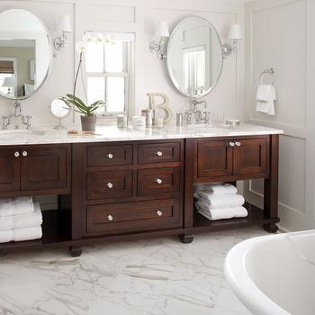 calcutta gold marble floor