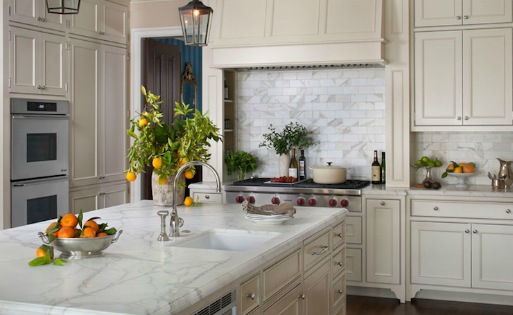 Stunning cream kitchen design with cream kitchen cabinets & kitchen