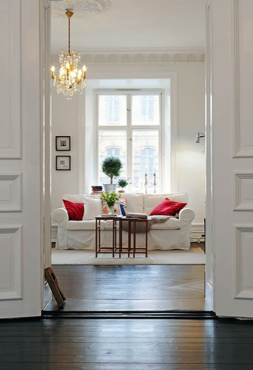 Living Room Crown Molding Design Ideas