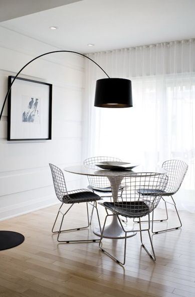 Modern Minimalist Dining Room With Marble Top Saarinen Table Bertoia Side Chairs White Sheers And Black Drum Pendant Arc Floor Lamp