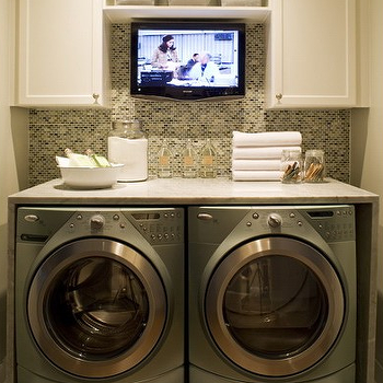 laundry room tv - Utility Sink Backsplash