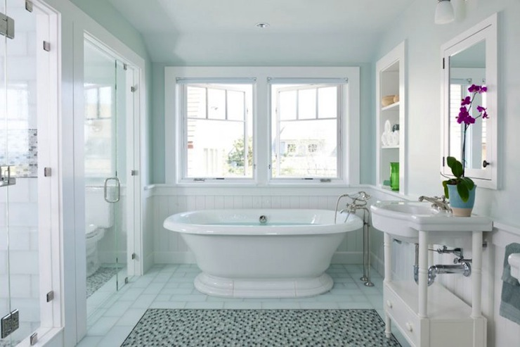 Interior design inspiration photos by hutker architects - Cool cape cod bathroom designs with interior ...
