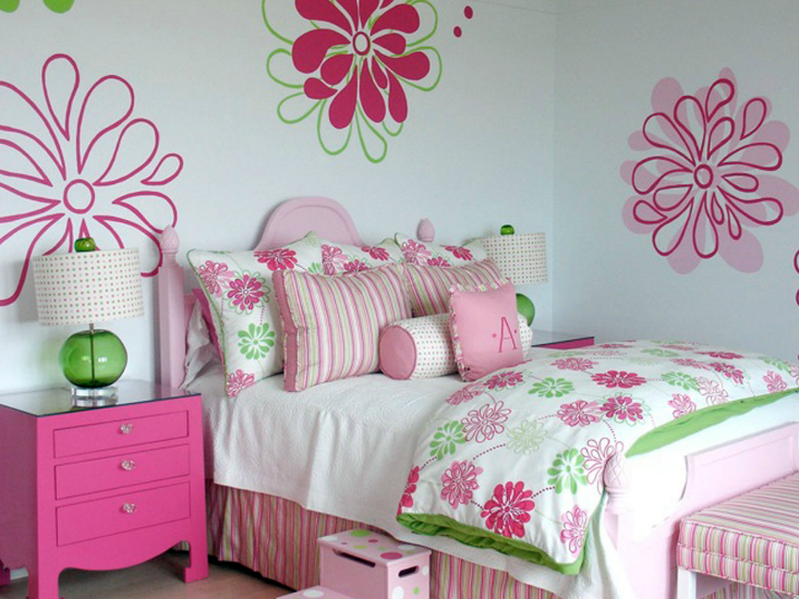 Pink and green girl 39 s bedding contemporary girl 39 s room lucy and company - Flower wall designs for a bedroom ...