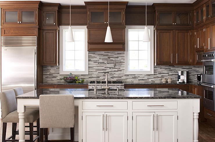 Wonderful two tone kitchen design with coffee stained kitchen cabinets