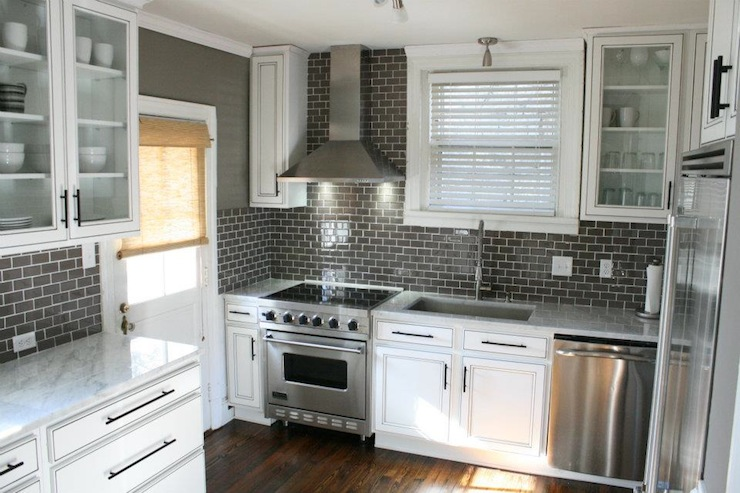 White cabinets with gray subway tiles design ideas Kitchen designs with grey walls