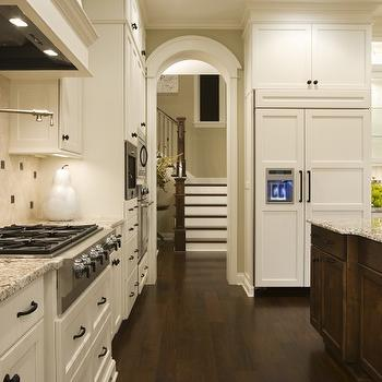 Benjamin moore white dove kitchen cabinets design ideas for Atrium white kitchen cabinets