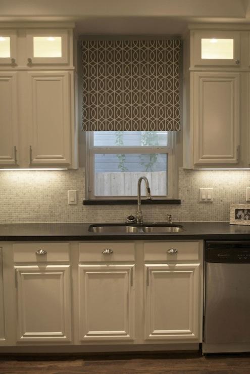 white carara marble tile backsplash. beautiful ideas. Home Design Ideas