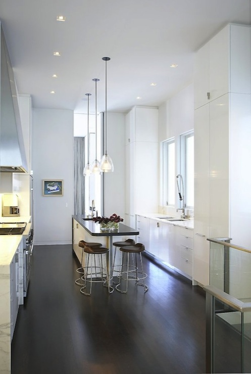 Modern White Kitchens Design Ideas