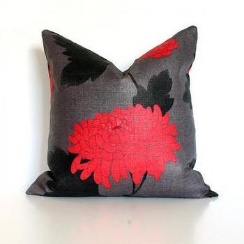 Red-Orange Chyrsanthemum