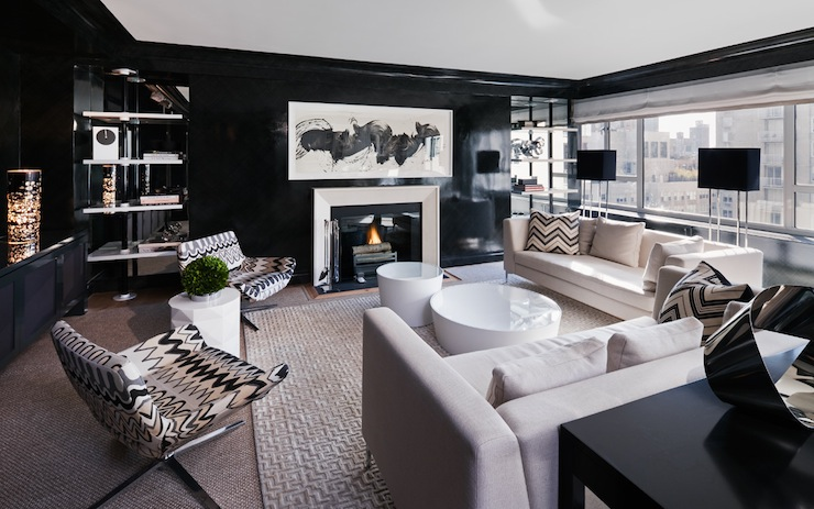 black lacquered walls contemporary living room haus interior