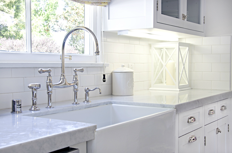 Farmhouse sink design ideas for Galley kitchen sink