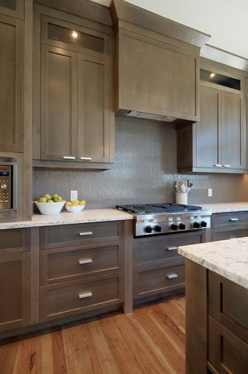Taupe kitchen cabinets design ideas for Contemporary kitchen cabinet colors