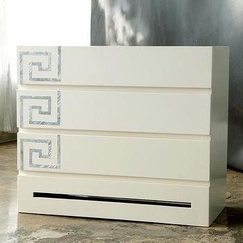 Versailles, Dresser