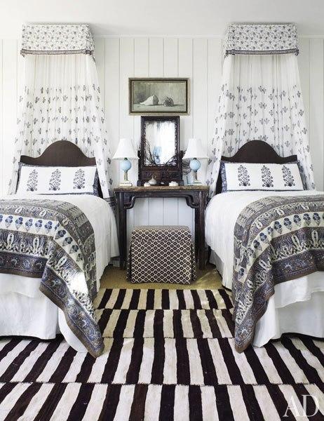 Twin Beds Design Ideas