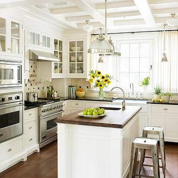 Off White Kitchen Cabinets Cottage Kitchen Taylor Lombardo Architects
