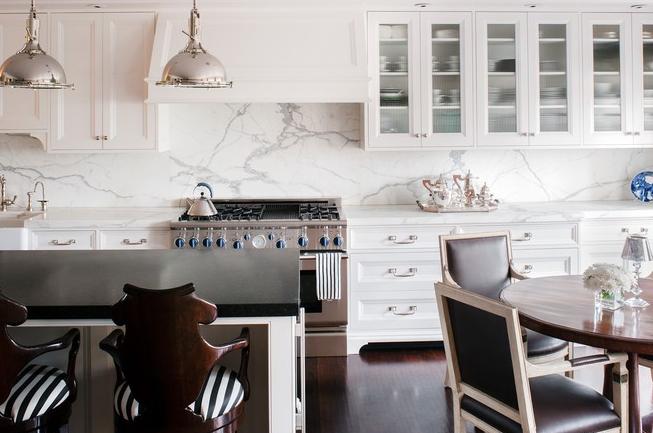 White kitchen cabinets with white marble backsplash for O sullivan kitchen furniture