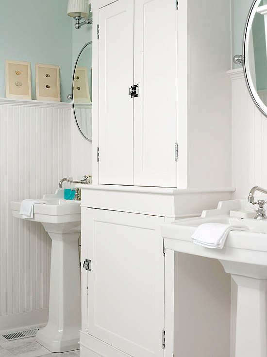 beachy bathroom with blue green walls paint color beadboard