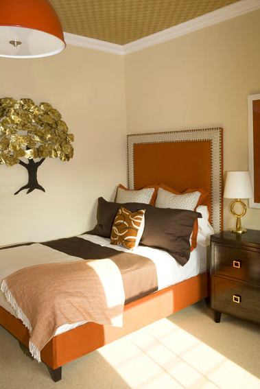 Orange amp brown bedroom with glossy orange pendant orange  : 4a8e9333a8bf from decorpad.com size 379 x 567 png 258kB