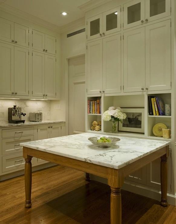 Square kitchen island design ideas for Square kitchen designs with island