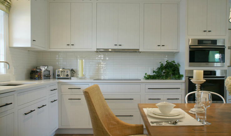 White Modern Kitchen Cabinets - Contemporary - kitchen - Workshop APD