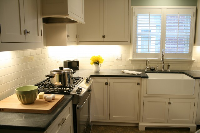 White Soapstone Countertops : Soapstone backsplash design ideas