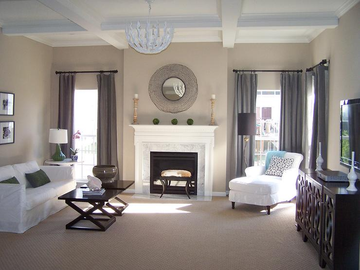 Living room benjamin moore balanced beige for Beige color living room ideas
