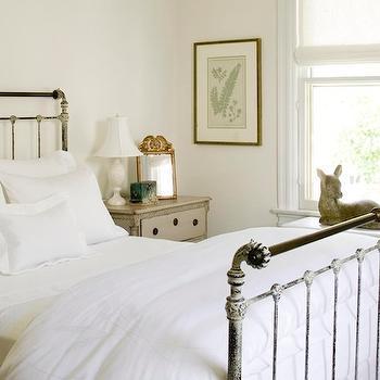 Vintage Metal Bed. Metal Bed Design Ideas