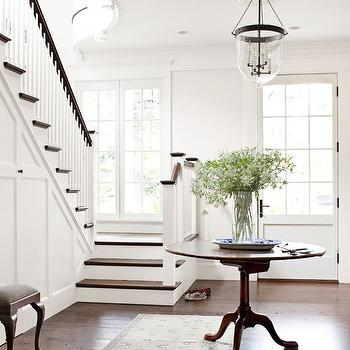 Entry Table, Traditional, entrance/foyer, Benjamin Moore Huntington White, Darryl Carter