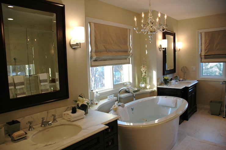 View Full Size Amazing Master Bathroom With Tan