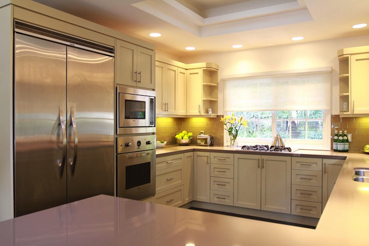 Gray Quartz Counters Design Ideas