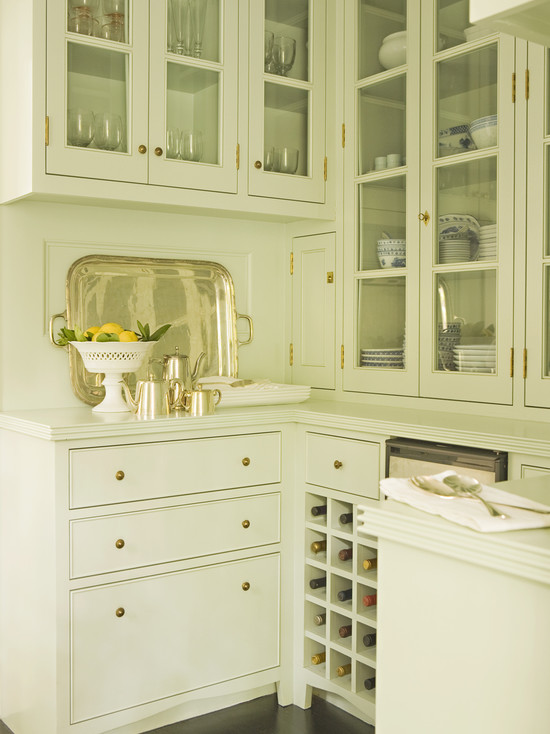 Interior design inspiration photos by tim barber page 1 for Kitchen designs with butler pantry