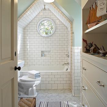 Vaulted Ceiling Bathroom Design Ideas