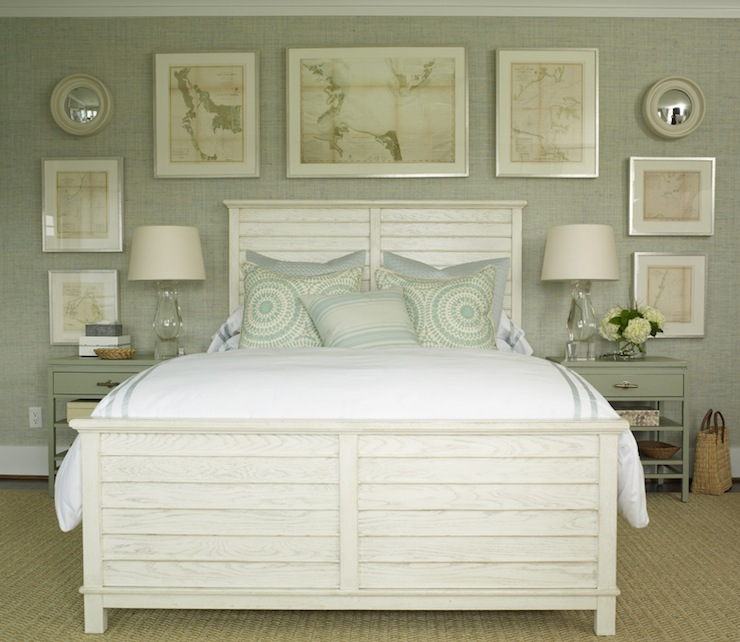 Gray green grasscloth cottage bedroom phoebe howard for Blue and white bedroom wallpaper
