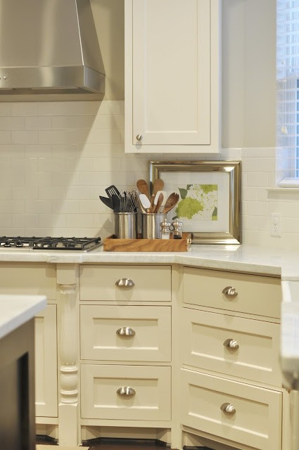 Cream Kitchen Cabinets, Transitional, kitchen, Sherwin Williams