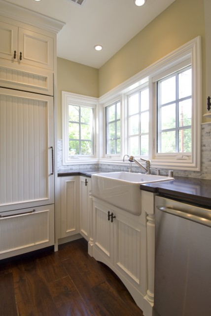 Beadboard Kitchen Cabinets Traditional Kitchen
