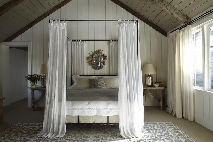 Queen canopy bed cottage bedroom m elle design for White canopy queen bed