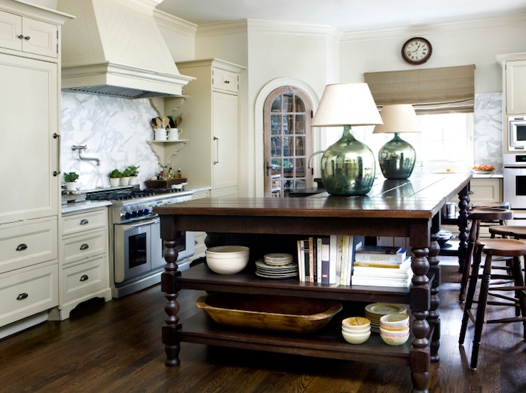 Kitchen Island With Carved Legs Cottage Kitchen
