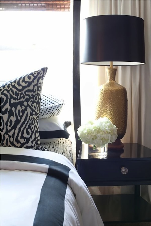 Black lacquer nightstand contemporary bedroom dayka for Black gold bedroom designs
