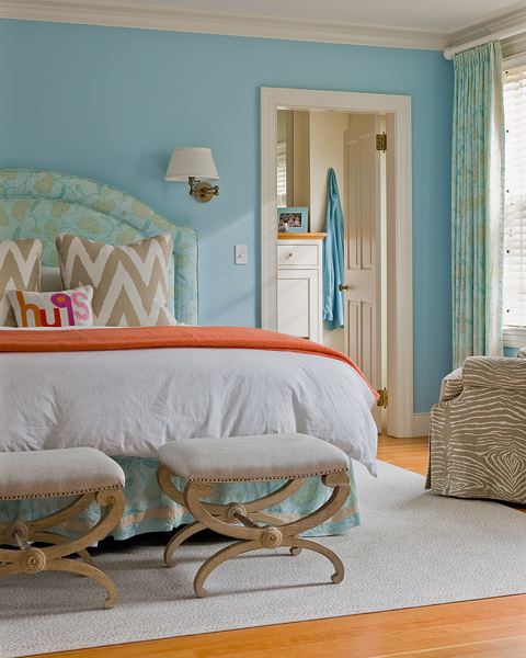 Sky blue walls design ideas - Orange and light blue bedroom ...