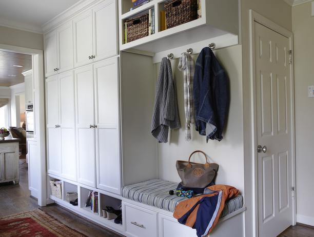 Mudroom Wall Storage : Mudroom design traditional laundry room hgtv