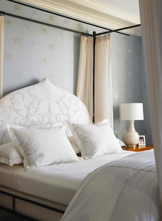 Canopy Bed with Headboard