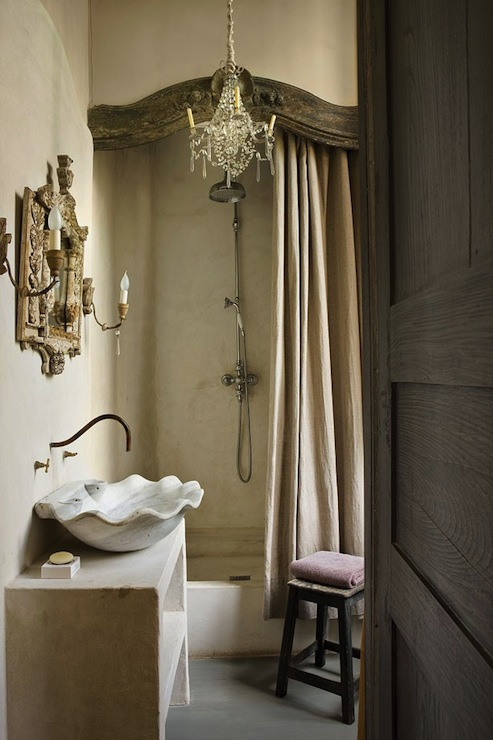 French Bathroom: bathroom decor ideas with shower curtain
