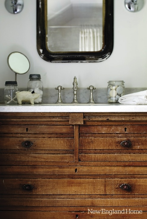 Salvaged wood washstand country bathroom new england home for New england bathroom ideas